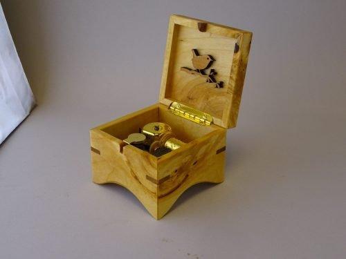 Voorbeeld doosje in lindehout