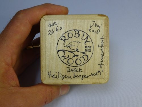 Music box of wood