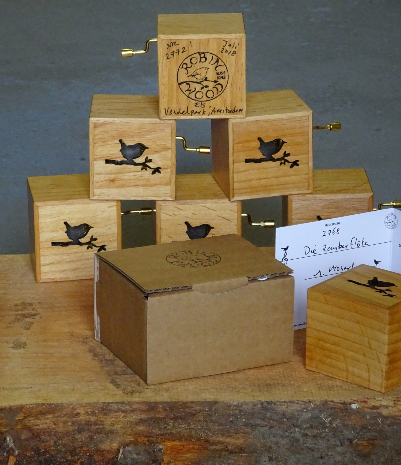 Music box webshop Robin Wood Music Boxes