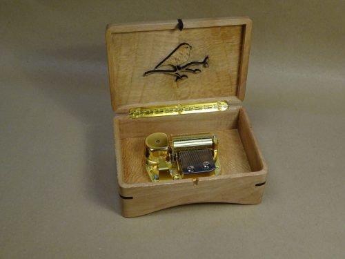 Music box Blackbird Elegant
