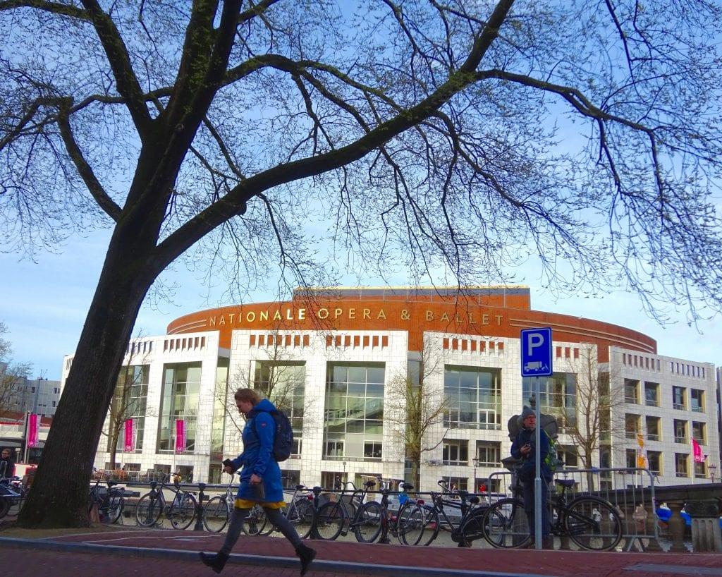 0dbff17ad2520a Le lac des cygnes à Amsterdam - Boîte à musique Robin Wood - Webshop ...
