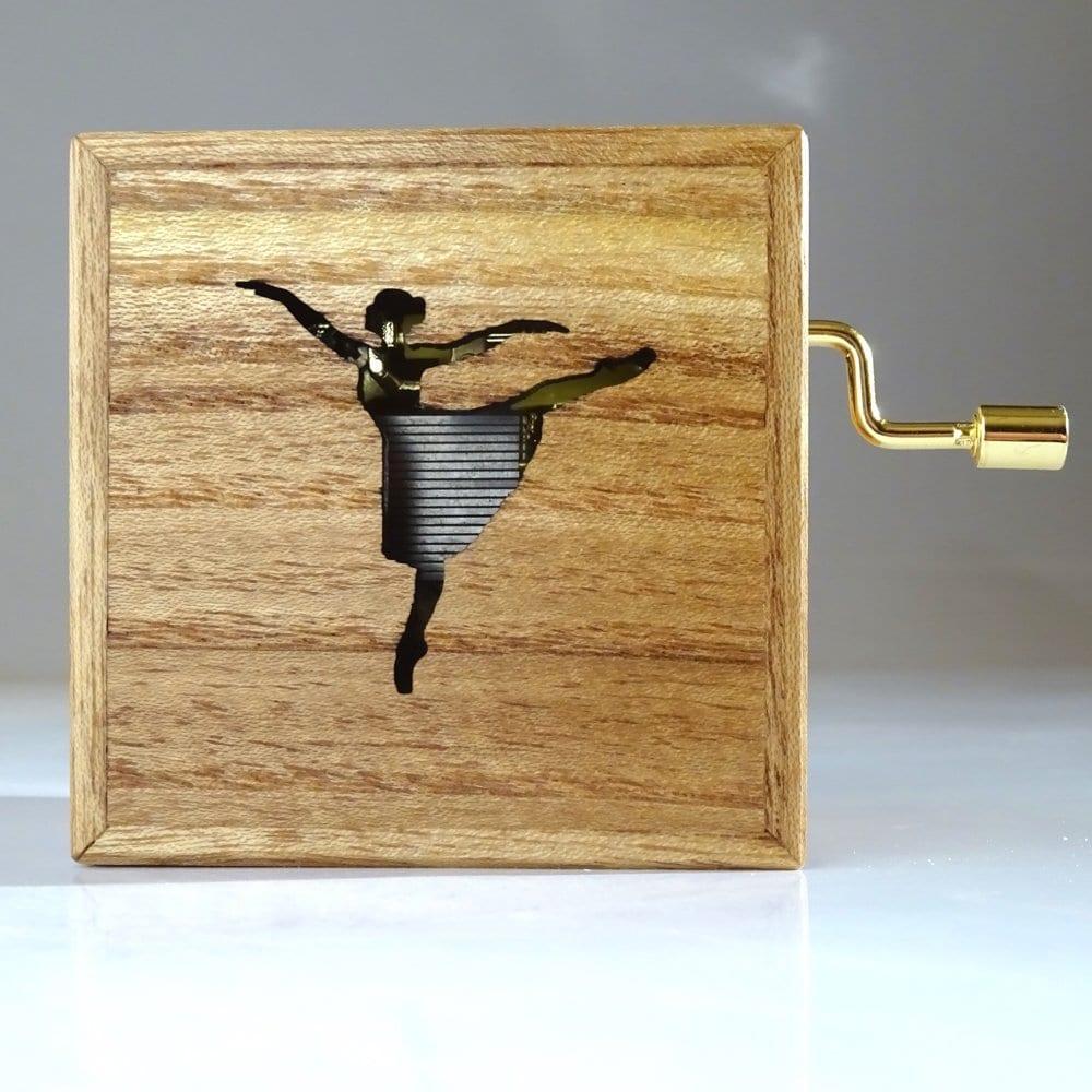 Muziekdoosje van hout met Ballerina