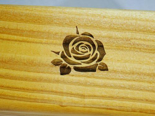 muziekdoos met roos