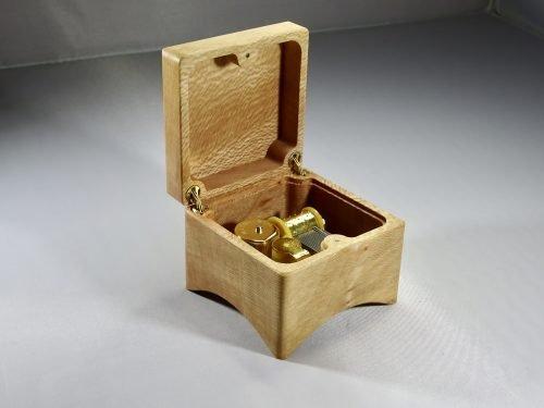 houten speeldoosje